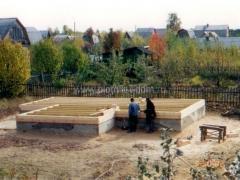 Строительство дома из бруса - первый венец
