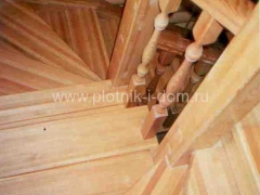 wood_stairs_19