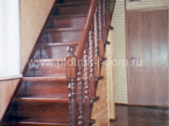 wood_stairs_25