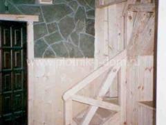Комбинированная отделка стен - камень и дерево