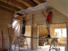 Отделочные работы - обшивка потолка вагонкой