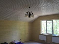 Реконструкция деревянного дома, отделка мансарды под ключ