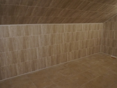 Реконструкция деревянного дома, отделка стен панелями