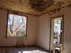 Реконструкция старого деревянного дома, комнаты